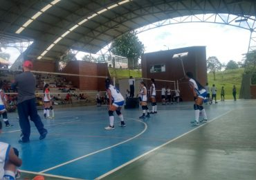 3er Torneo Nacional de Volleyball, Liceo Inglés de Pereira